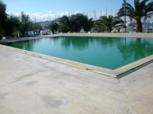 Swimmingpool der Marina Kusadasi